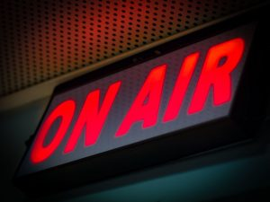 on air 300x225 - Radio via Internet